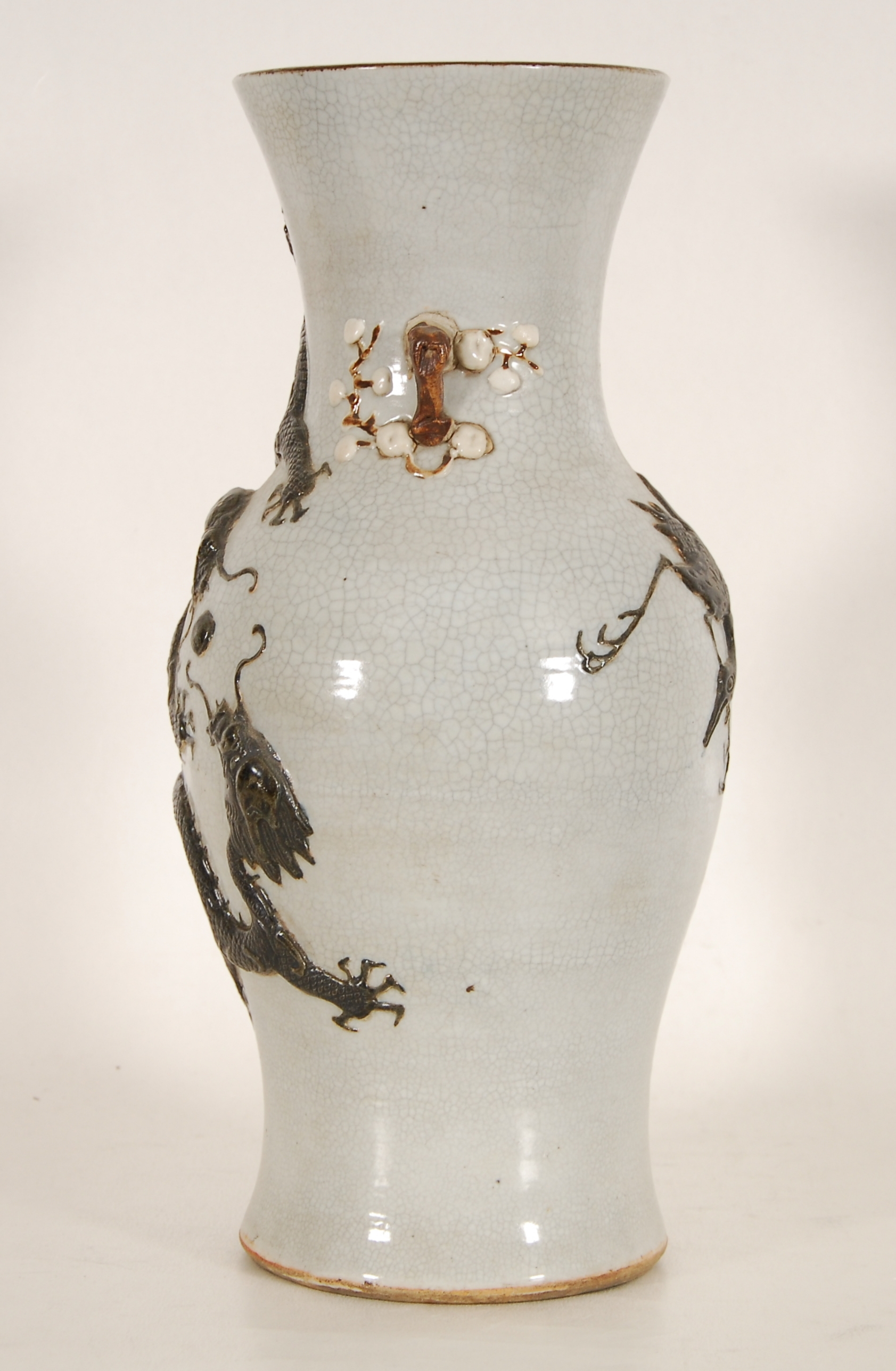 Vase balustre à deux anses